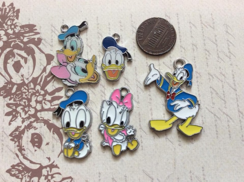 Last Set Of 5 Donald Duck And Daisy Duck Enamel Metal Charms Etsy