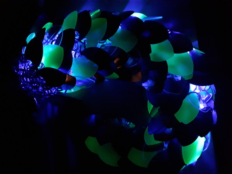 Medium Dragontail Dance EDM LED Dragonscale Tails LARP Glow-in-the-Dark Light Up Festival Costume Tail Made to Order Scalemail