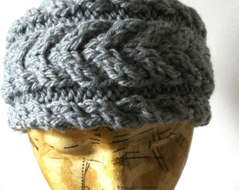 Handknitted chunky cabled headband in grey