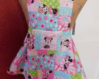 MINNIE MOUSE APRON  -- little girls apron with sweet lined pocket --  ages  3-7