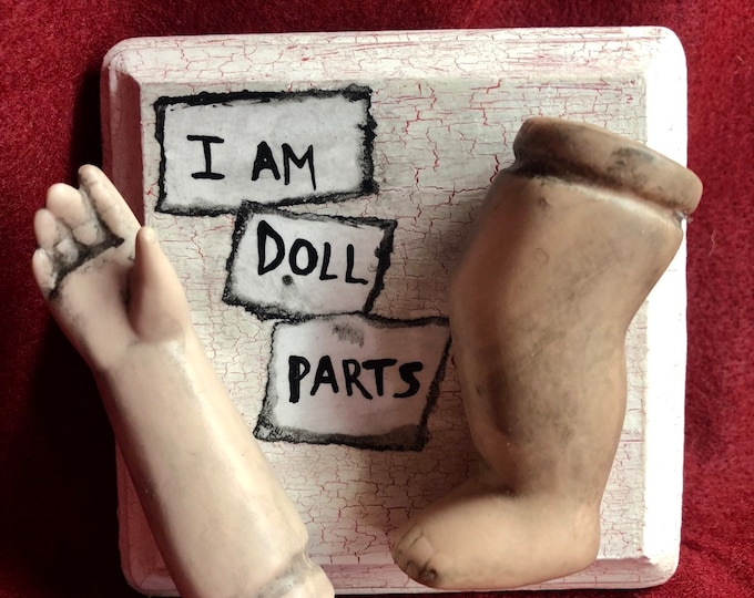 Free usa shipping ooak creepy i am doll parts wall plaque gothic halloween horror weird  ChristieCreepydolls