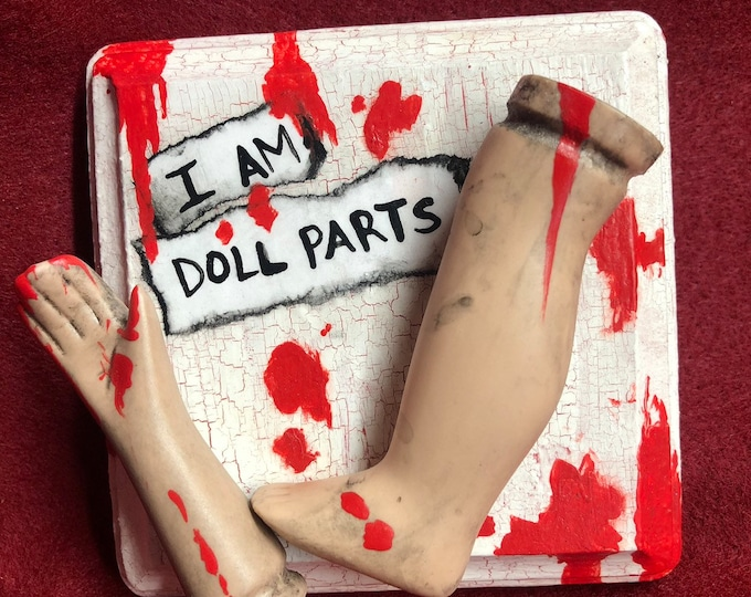 ooak creepy i am doll parts wall plaque gothic halloween horror bloody  ChristieCreepydolls