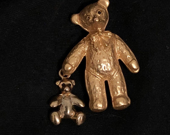 Vintage 80s or 90s gold tone brooch cute teddy bear with small bear