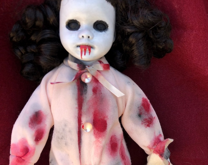 Free usa shipping creepy doll bloody girl in pajamas with blankie black eyes child spooky ooak gothic horror halloween art