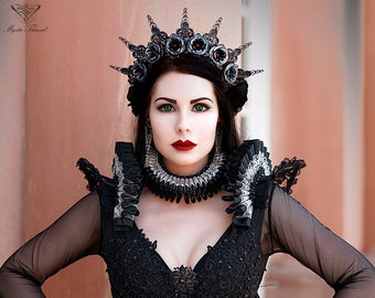 Black Elizabethan neck collar and suspender shoulder pads decorated with silver lace and black Preciosa beads-2 pieces