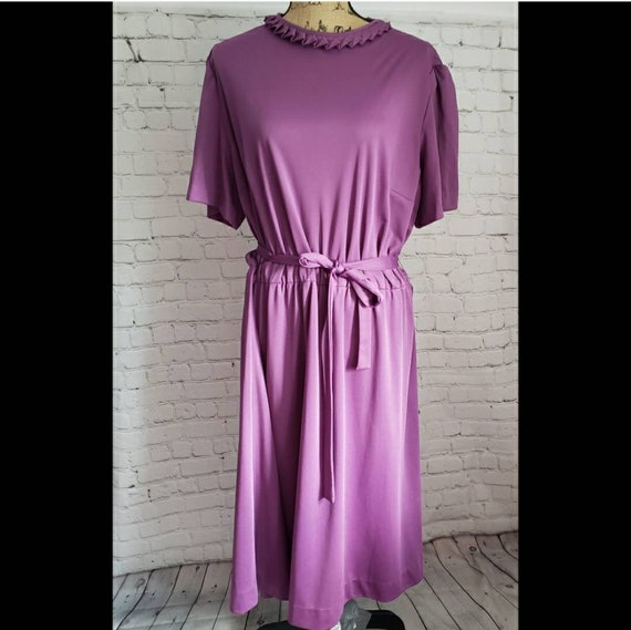 Vintage 2 Piece Purple Casual House Dress & Matchi