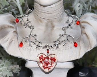 Crown of Thorns Sacred Heart Necklace - Real Flower Necklace - Christian Jewelry - Gothic Art - Nature Necklace