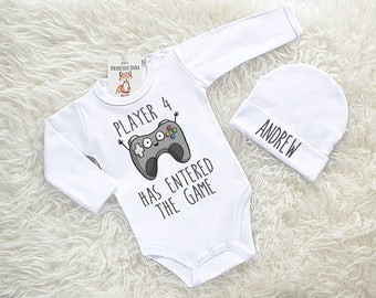 2730eae46da7e Cute Baby Clothes. Personalized Player Baby Bodysuit and Hat Set. Newborn  Clothing. Gamer Baby Clothes. Player 4 Has Entered The Game.