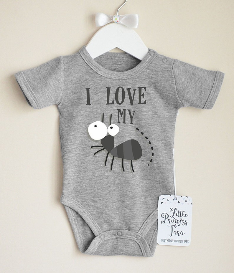 2448c8890 I Love My Aunt. Infant Baby Shirt. Funny Baby Clothes. Cute