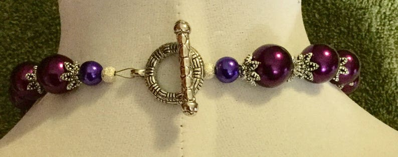 La/'Faye Regal Designs by Dana Antique Silver /& Wine Necklace and Earrings Set