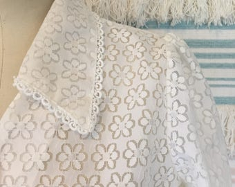 Vintage made in UK 70s daisy lace blouse