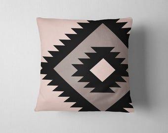 Oversized navajo tribal pattern throw pillow - Black