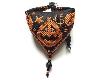 pumpkin halloween Pendibule Ornament - Durene J Cross Stitch - DJXS2423