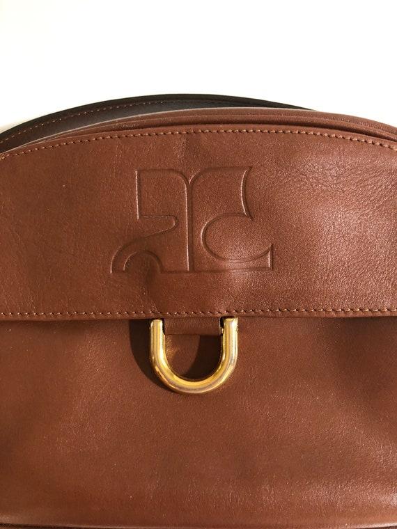 Reservé Veronica Courreges vintage leather bag log