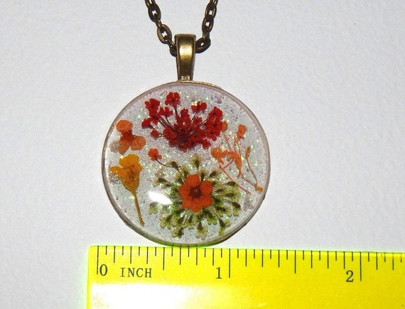 Queen Anne/'s Lace Real Dried Flowers Resin #et 662.1 Real Flower Flower Resin Pendant Glitter Necklace Real Pressed Flower Necklace
