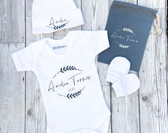 Personalised Name 5 piece Baby Gift Set  Bodysuit/Vest