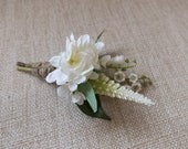Rustic white and green buttonhole / boutonniere.