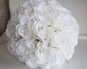 White rose silk wedding bouquet. White wedding flowers.