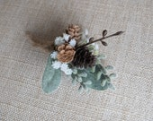 Rustic wedding buttonhole / boutonniere.