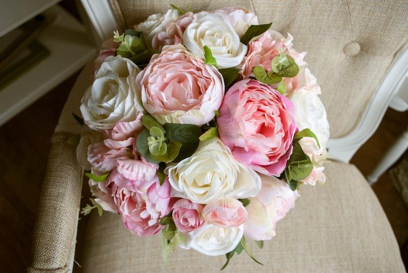 Country garden pink wedding bouquet image 0