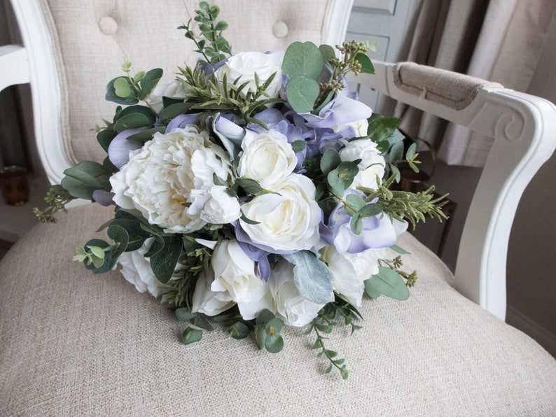 Ivory and lavender silk wedding bouquet. image 0