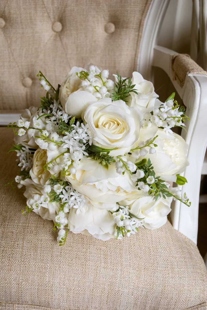 Natural ivory and white silk wedding bouquet.  image 0