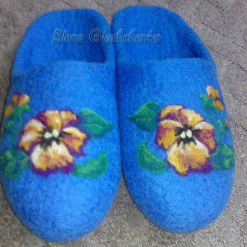 00f919b75ac84 Felted slippers Womens slippers Women's Home shoes Blue slippers Wool  slippers Violets Gift for women