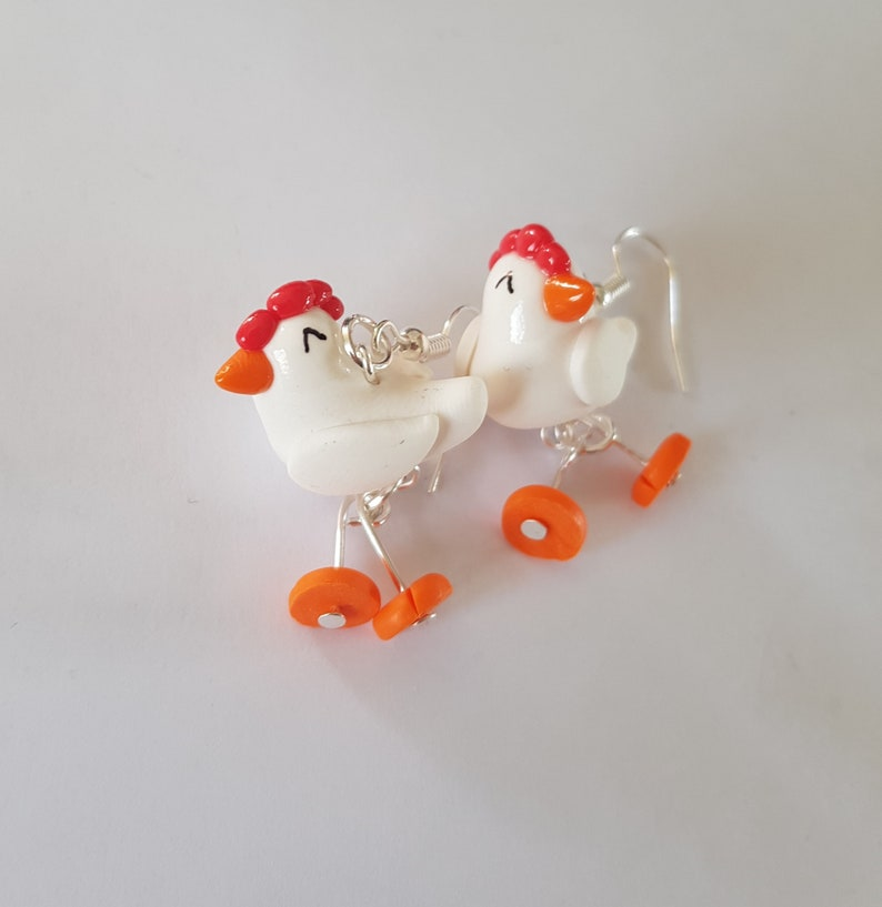 chickens that move the paws, fimo, earrings, funny eyes, farm, animal  curls, birthday gift, hooks without nickel
