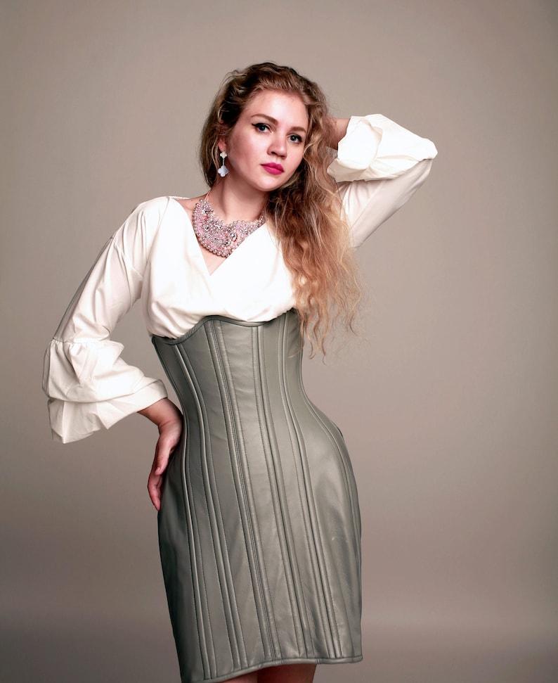32bc6b26c36c76 Exclusive par Corsettery : corsetée jupe crayon, corset serre taille.  Nouvel an et Noël cadeau, authentique fait à corset de mesures