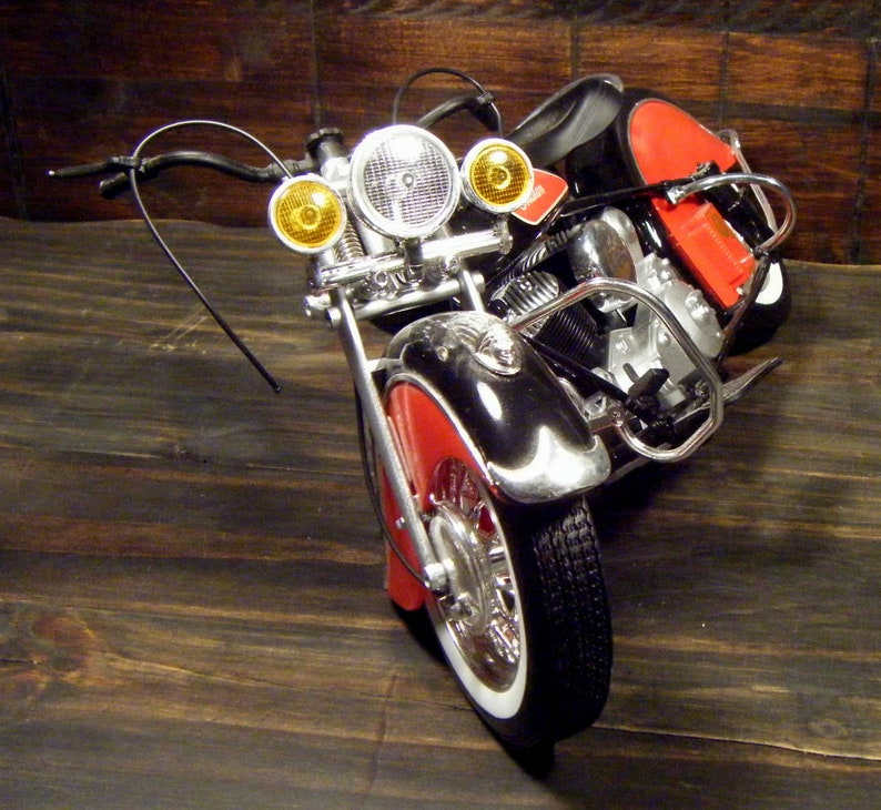 Indian  Chief Vintage style large motorcycle model!