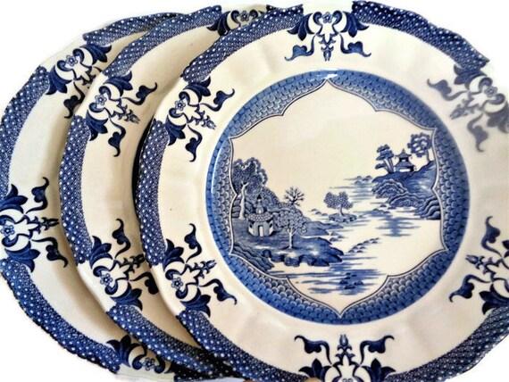 Sauciere Royal Tudor Blue Bird Made in England by Grindley of Stoke Porcelana i ceramika