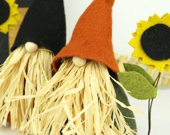 Nordic Gnome, Scarecrow and Sunflower, VIGGO, Thanksgiving, Nordic Gnomes, Scandinavian, Thanksgiving, Halloween Gnome, Home Gnome, Rustic