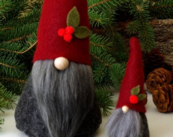 SET Mini and Large Gnome, ALISTAIR the Joyful, Christmas, Mini Gnomes, Elf, Nordic Gnomes, Gnome, Elves, Holly Berry, Traditional Gnomes