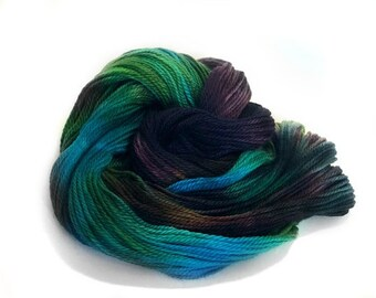 Mermaid Grotto / Hand Dyed Yarn / Worsted / Wool / 100g