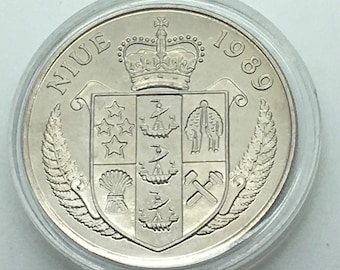 Niue 1989 5 Dollars General Douglas MacArthur Coin Km 22 South Pacific Ocean Defender Of Freedom Series WWII History Old Soldiers Never Die