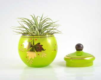 Vintage Green Glass Bowl with Lid, Round Candy Dish with Lid, Golden Leaf Glass Bomboniere, Apple Green Glass Decor, Decorative Container