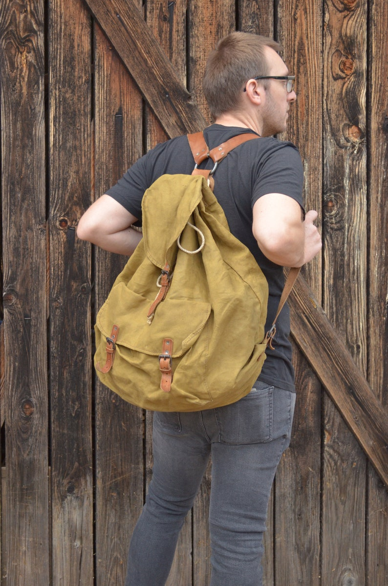 Extra Large Military Backpack Vintage Army Rucksack Canvas  1f0253b0e49df
