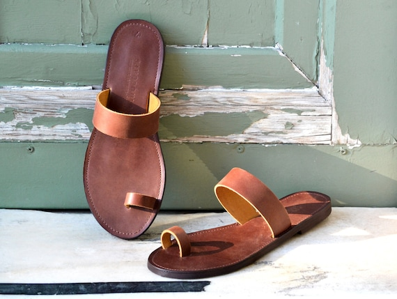 Toe ring sandals Leather toe ring sandals Greek sandals Sandales grecques Leather sandals Leather sandals women Sandals