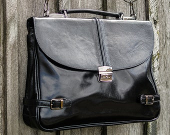 Black Briefcase with lock and key. Genuine leather portfolio.  Black leather bag. Natural leather briefcase. Briefbag. Business bag.