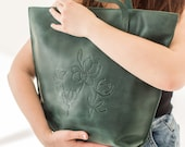 Personalized Unique Green Leather Tote Soft Vintage Boho Bag Zipper Women Shopper Hot Emboss Custom Floral Embossed Pattern Orchid Flower