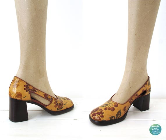 breathe Chunky Floral Heels Cut Out Side Shoes Fl… - image 7