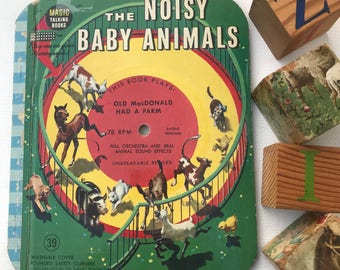 The Noisy Baby Animals Old MacDonald Had a Farm Magic Talking Book Vintage Children's Record on Cover