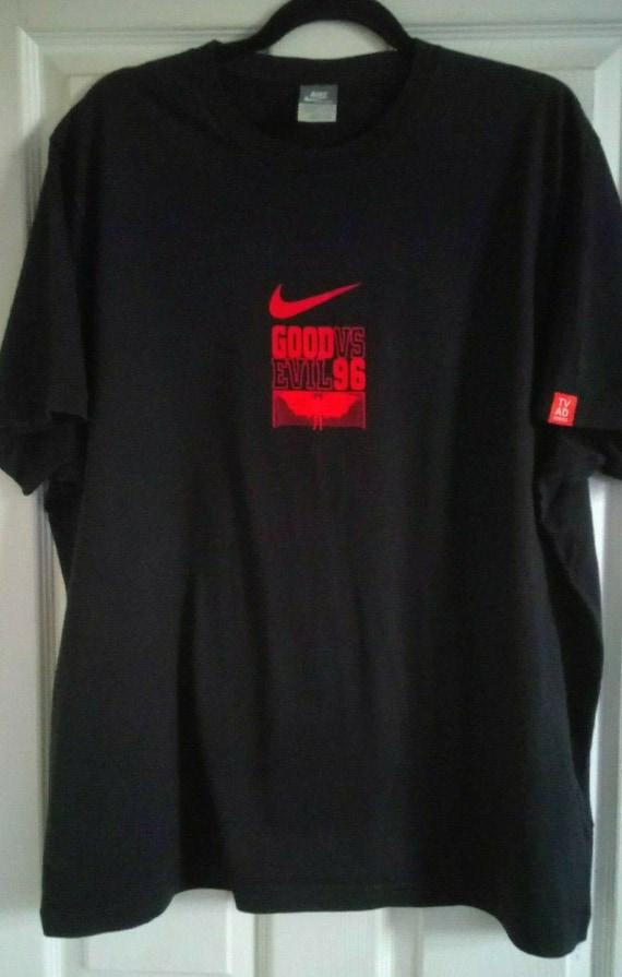 astronomía Desde Puntero  Mens Vintage Nike Good Vs Evil 96 Au Revoir 7 Eric Cantona | Etsy