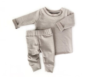 69d7dde93a47 Winter baby clothes