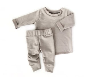 7d3a479c0acc Winter baby clothes