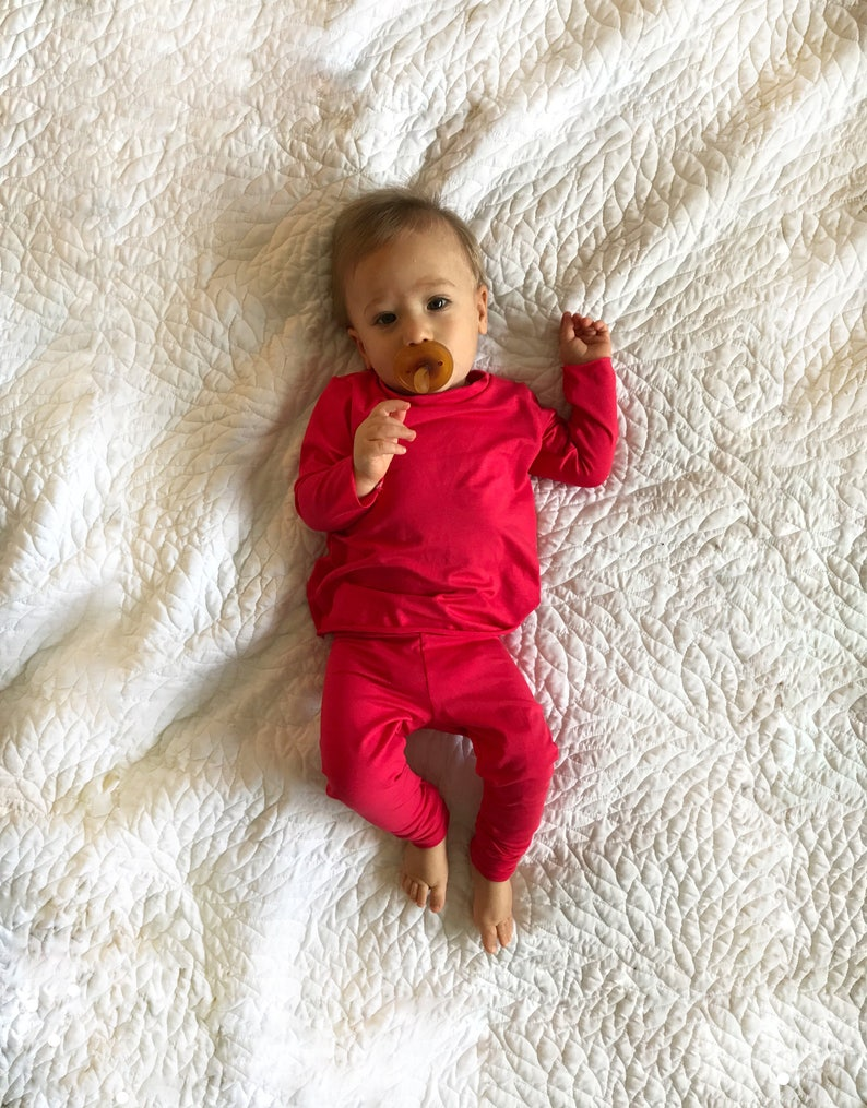 fda0f7e4de7a Red kids clothing set  neutral newborn outfit unisex baby