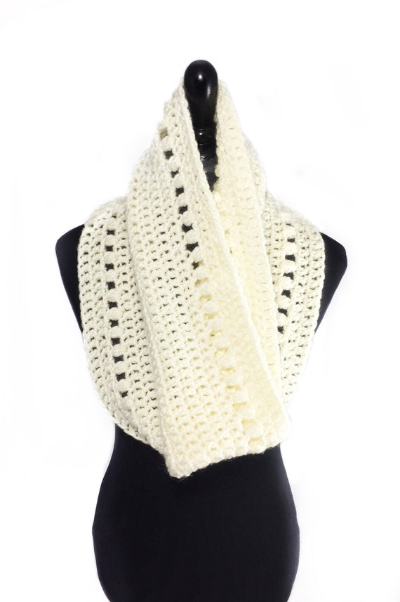 Crochet Scarf Pattern Crochet Cowl with Puff Stitch Peek a