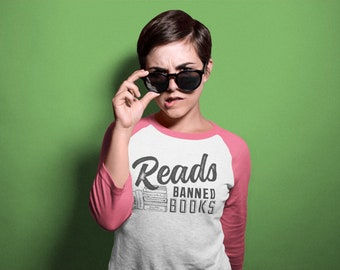 Reads Banned Books Librarian 3/4 Sleeve Raglan T-shirt
