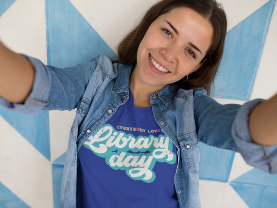 Everybody Loves Library Day Librarian Unisex Short Sleeve Tshirt | Gift for Librarian