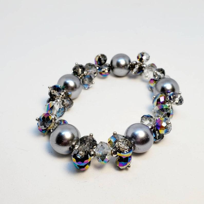 Glass Cluster Beaded Bracelet